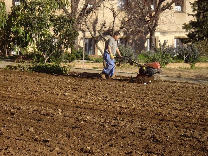 Fr. Manuel Romero a l'horta